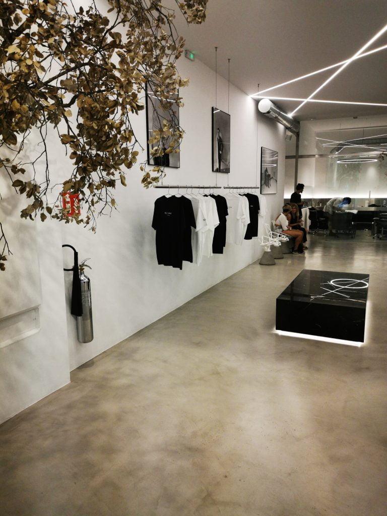 Microcemento Tarkus en tienda de ropa de Barcelona