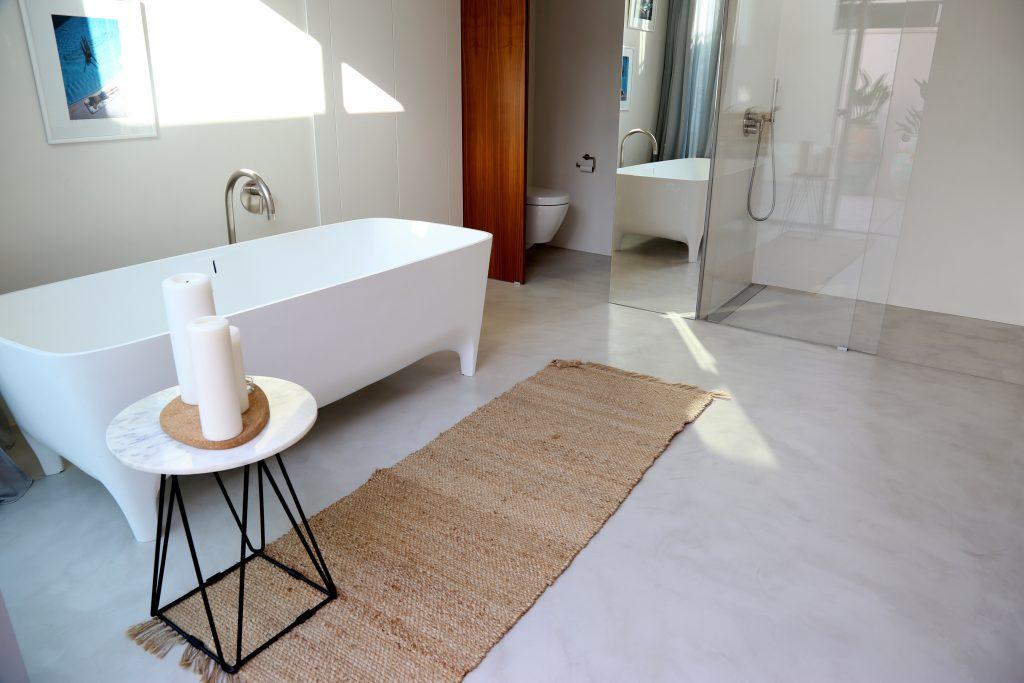 Microcemento Futurcret Plus en casa de Castelldefels